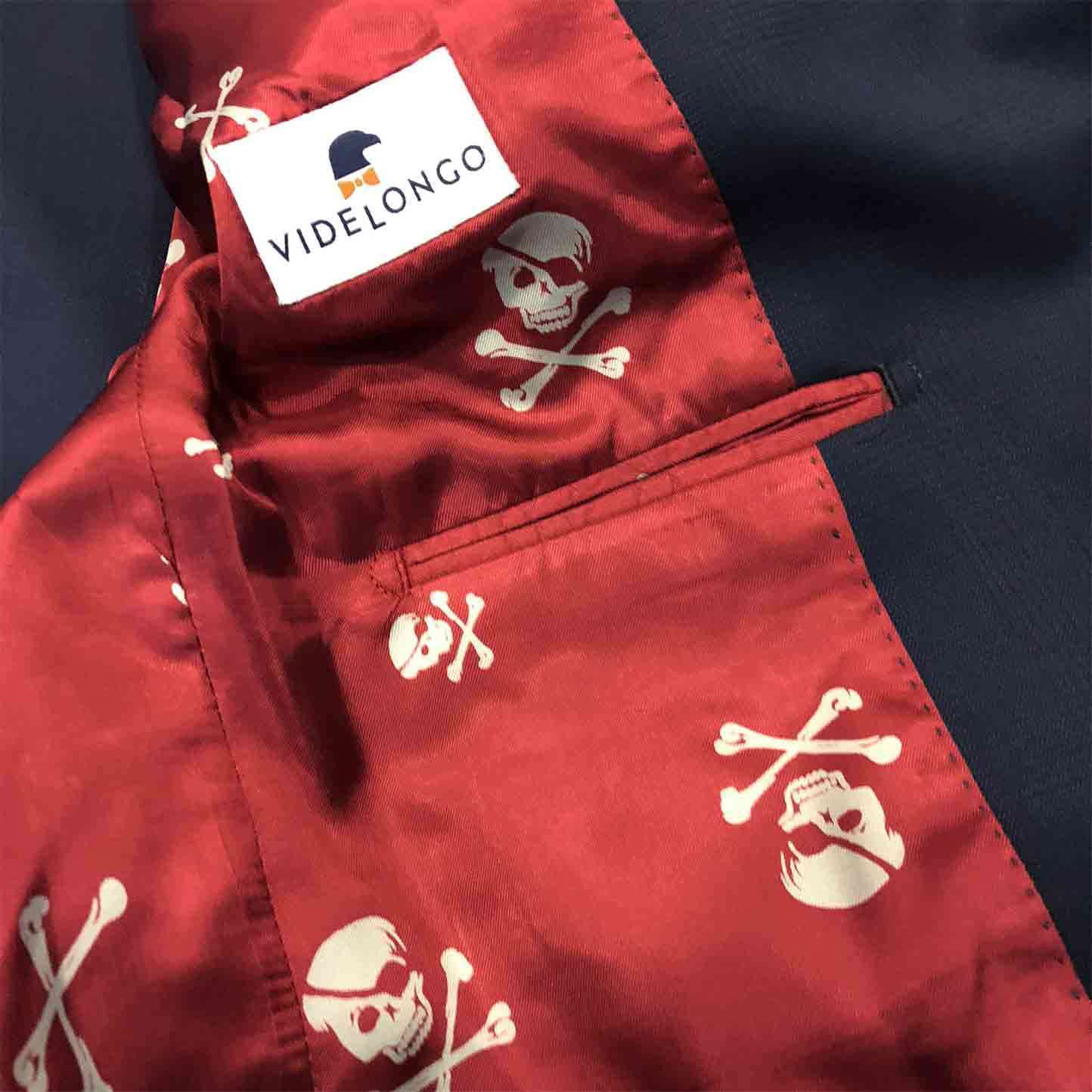 f6b7a0128e6b3 Intérieur de veste sur-mesure avec doublure au motif squelette sur fond  rouge